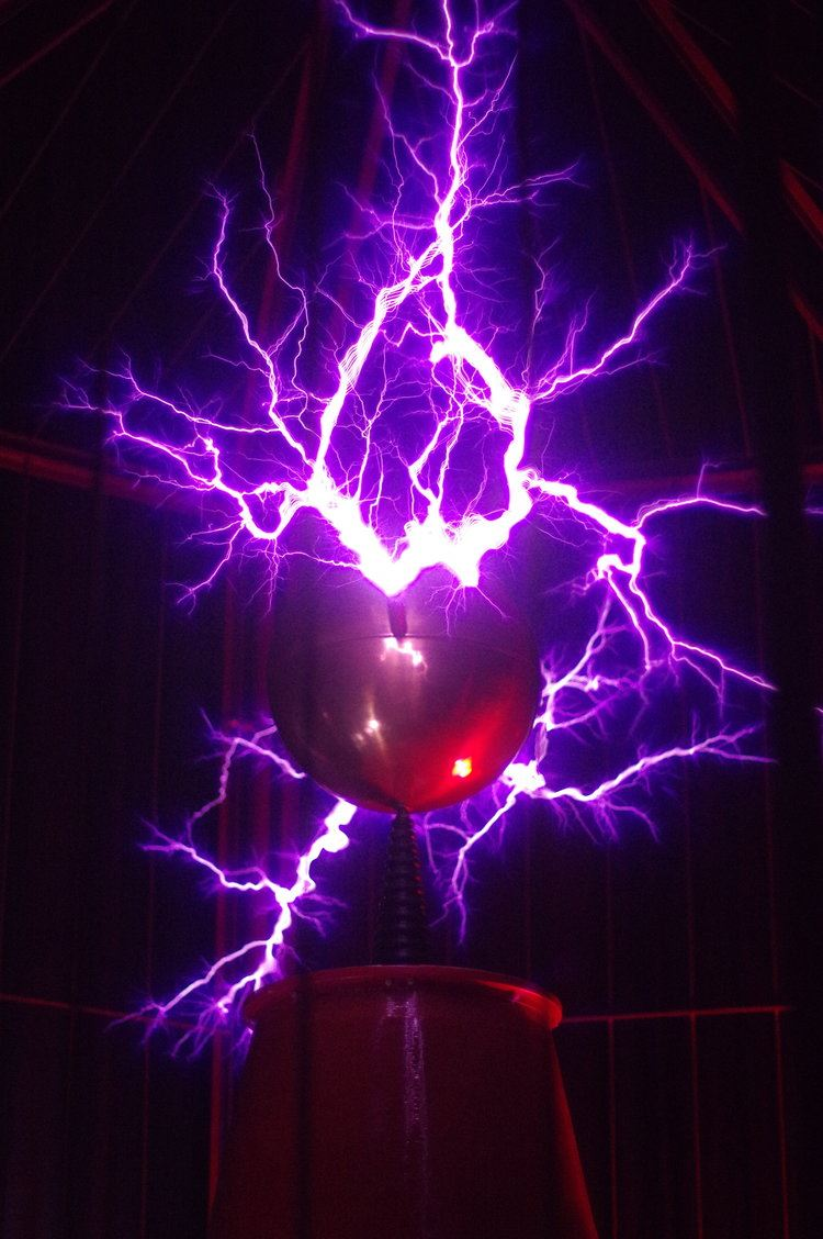 Mid-America Science Museum picture of purple electricity